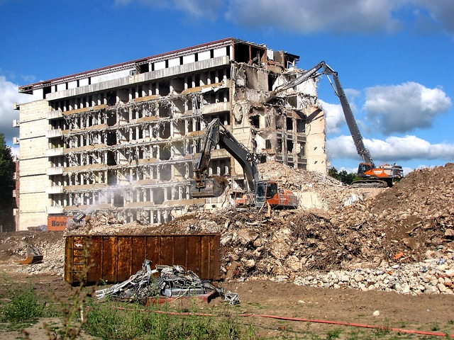demolition 1776907 640 Image by Joenomias Menno de Jong from Pixabay small