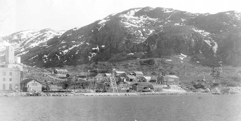 Cryolite mine ivgtut greenland summer 1940