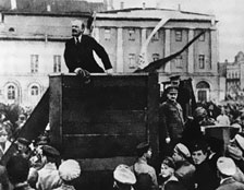 Lenin Trotsky 1920 05 20 Sverdlov Square highlight